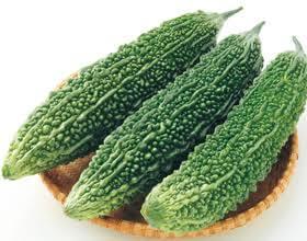 野菜の紹介です【ゴーヤ】
